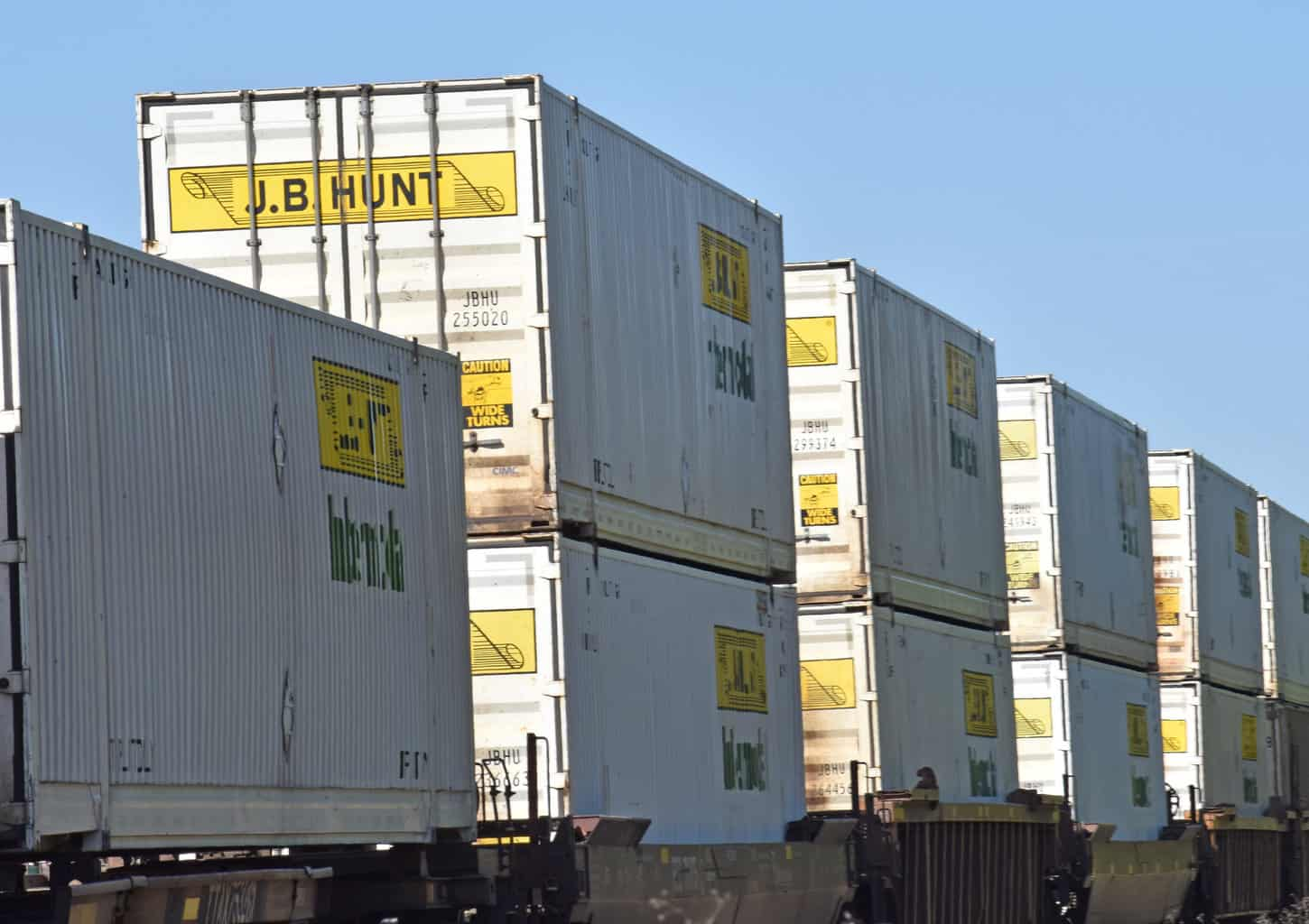 Intermodal's growth to slow as peak trucking has passed